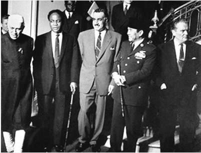 ONU - Octobre 1960 - Mouvement des non alignés: de G à D: Présidents Nehru/Inde, N'Krumah/Ghana,  Gamal Abdel Nasser/Egypte, Soekarno/Indonésie, Tito/Yougoslavie